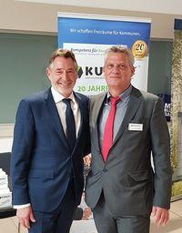 Auf dem Bild sind von links Herrn Jann Jakobs (Oberbürgermeister der Landeshauptstadt Potsdam, Präsident des Städte- und Gemeindebundes Brandenburg)und Volker Bargfrede (Geschäftsführer KUBUS GmbH) zu sehen.